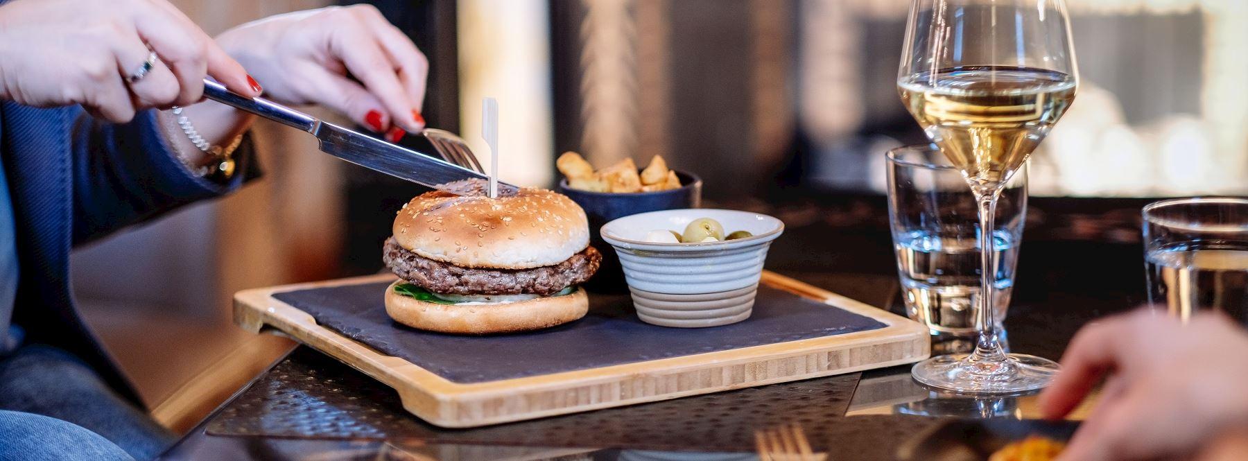 The Lounge Bar Hamburger